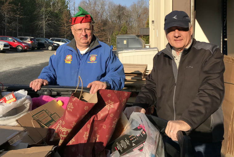 Peachtree City Fire Department Santa Run Food Drive