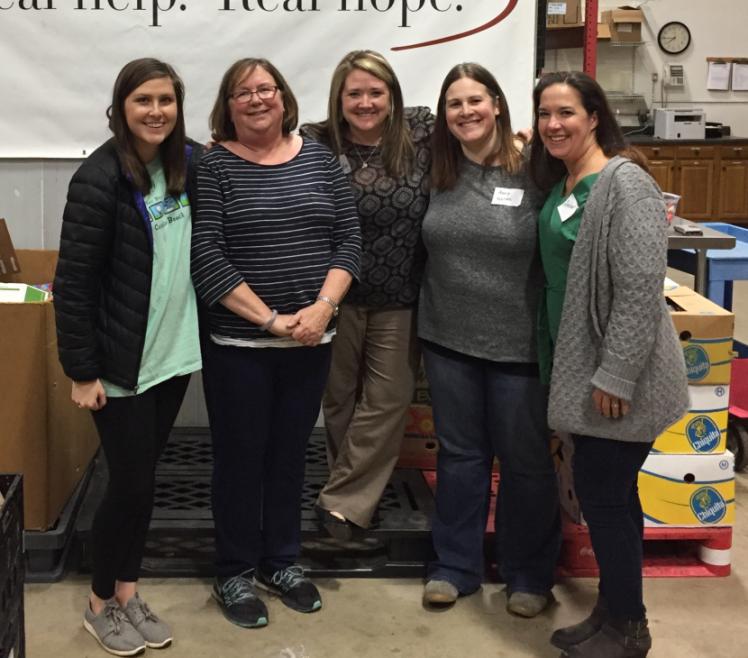 Ladies Discipleship Group Serves Together