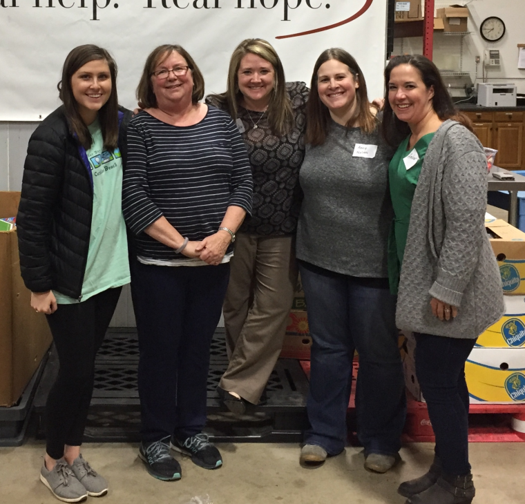 Ladies Discipleship Group Serves Together