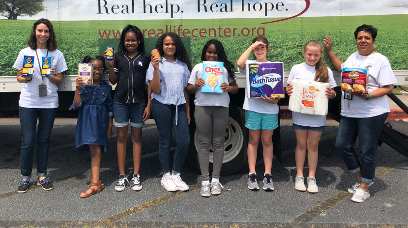 Cleveland Elementary C-Squared Club Food Drive