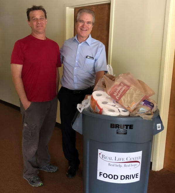 Fayette Bible Church Hosts Food Drive