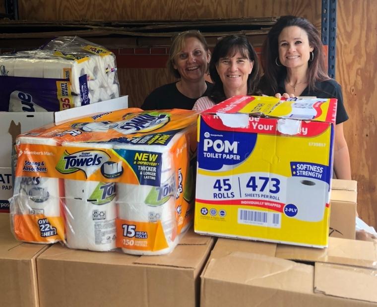 Living Faith Fellowship Helps Stock Food Pantry