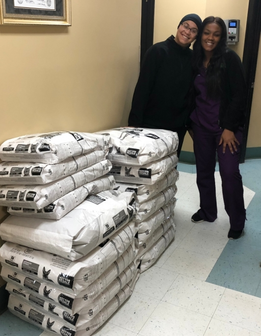 East Coweta Veterinary Hospital Donates Pet Food