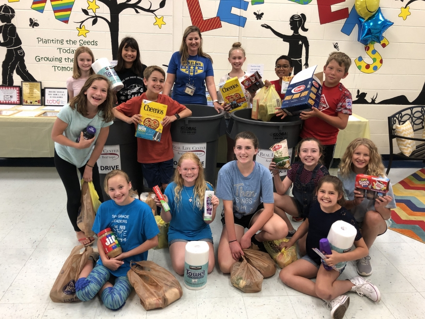 Braellin Elementary School Makes Time for Others