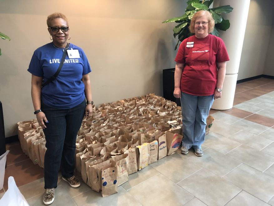 United Way and Bank of America Brighten the Day!