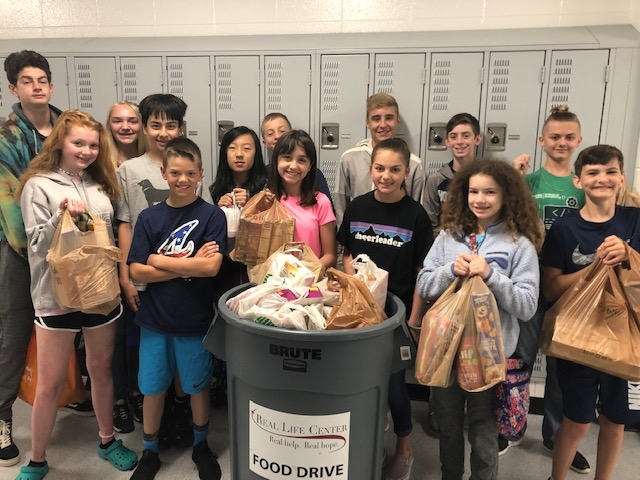 Another successful Food Drive by Rising Starr MS