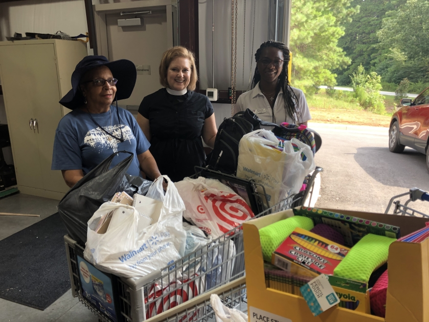St. Andrews in the Pines Episcopal Church family prepares children for school