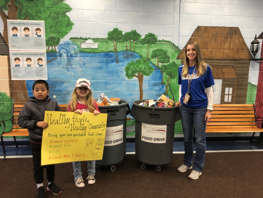 Burch Elementary Helps during busy Holiday Season!