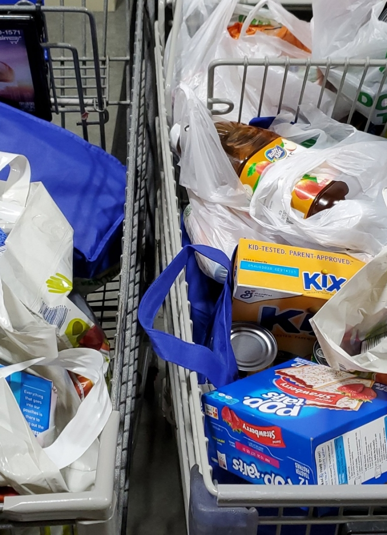"""Citizens of Georgia Power"" Collect Food to Help Our Neighbors"