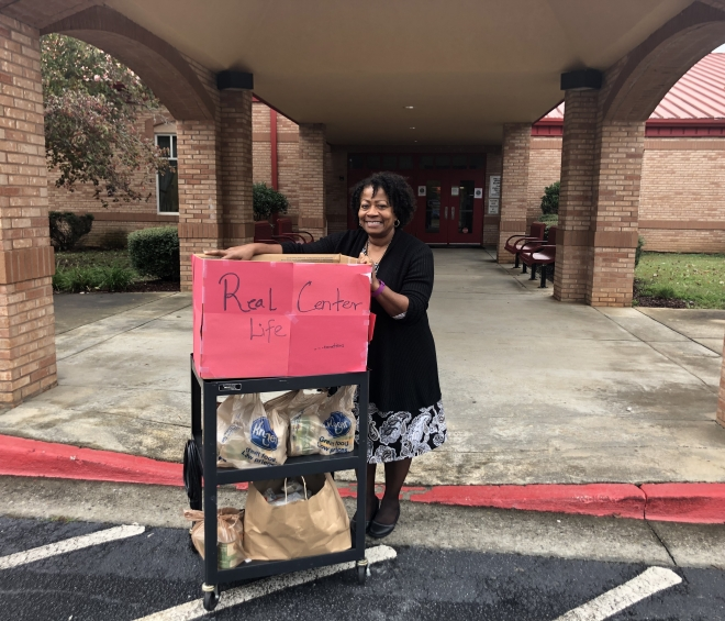 Spring Hill Elementary Makes a Difference in Our Community