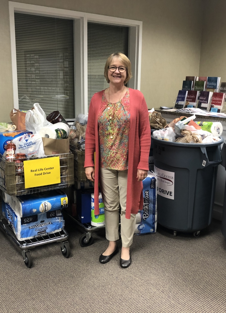 Carriage Lane Presbyterian Church Donates Close to 600 Pounds of Food