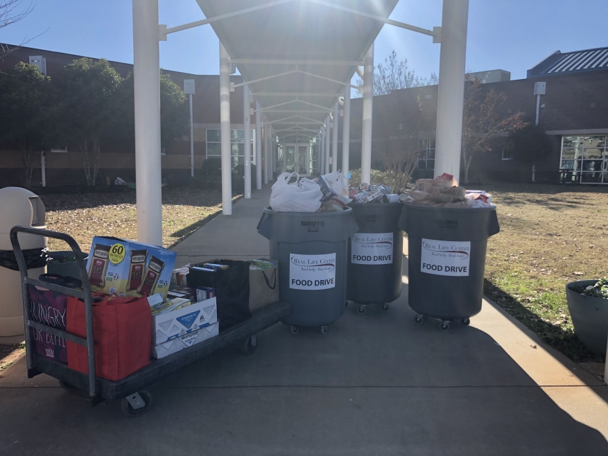 Rising Starr Food Drive Breaks a Record