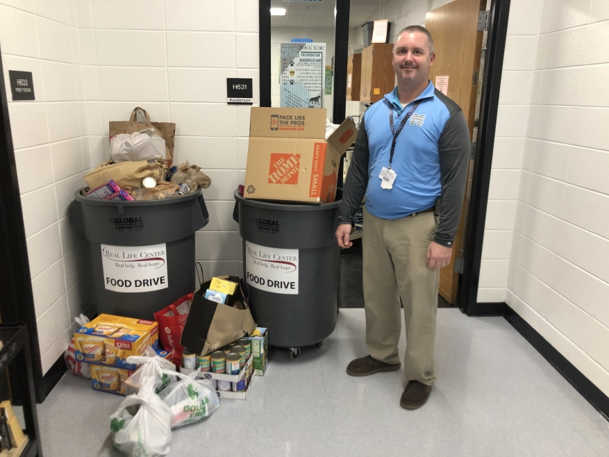 Starrs Mill High School Beta Club Graciously Collects Food for 3 Months!