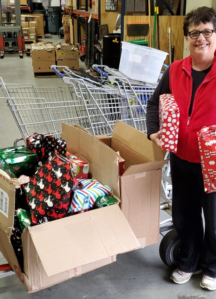 Bank of America Brings Joy to Children in our Community through Christmas Gifts